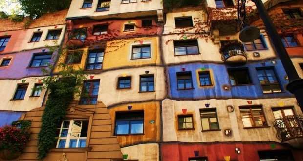 Słynny dom Hundertwassera we Wiedniu